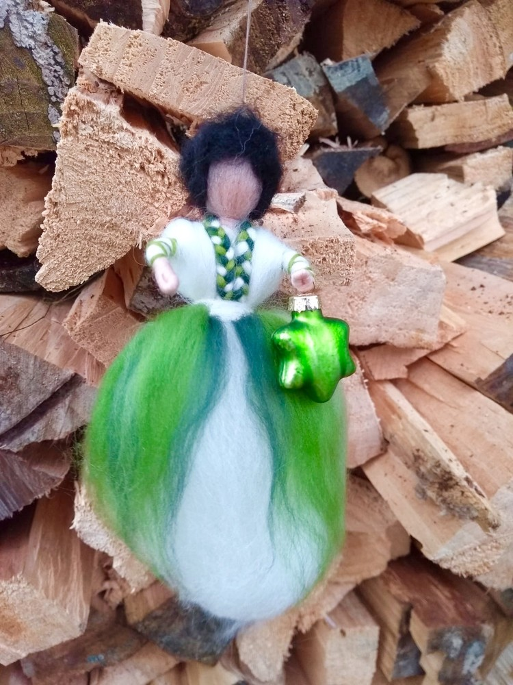 Emerald Grün